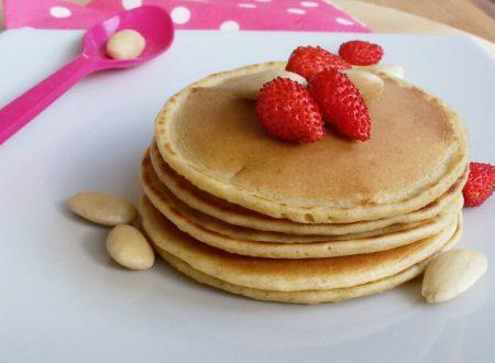 PANCAKES INTEGRALI VELOCI ricetta pancakes senza burro