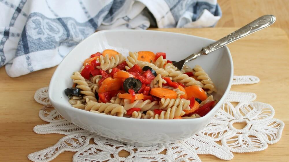 INSALATA DI PASTA ESTIVA LEGGERA ricetta primo piatto freddo