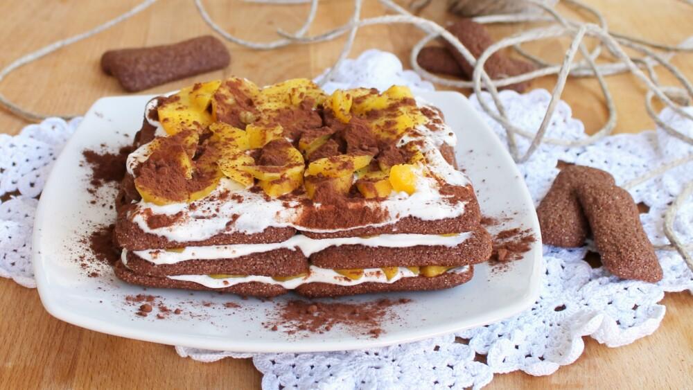 TORTA ESTIVA VELOCE ricetta con pavesini pesche e cioccolato