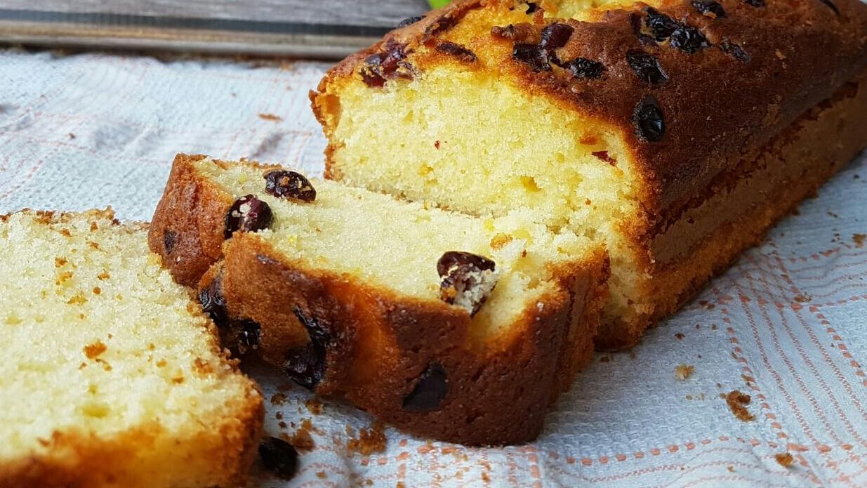 PLUMCAKE LIMONE E MIRTILLI ricetta torta soffice al limone intero