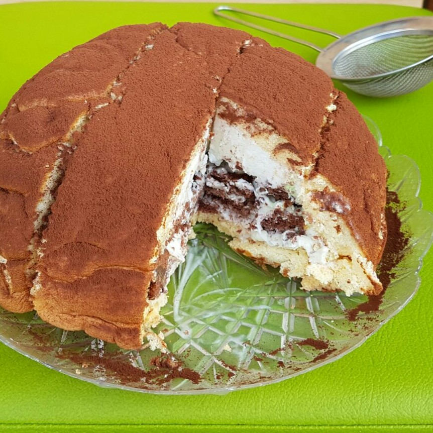 Ricetta torta a gelato con pavesini