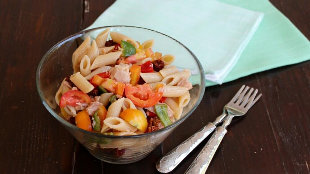 PASTA FREDDA CON TONNO ricetta insalata fredda