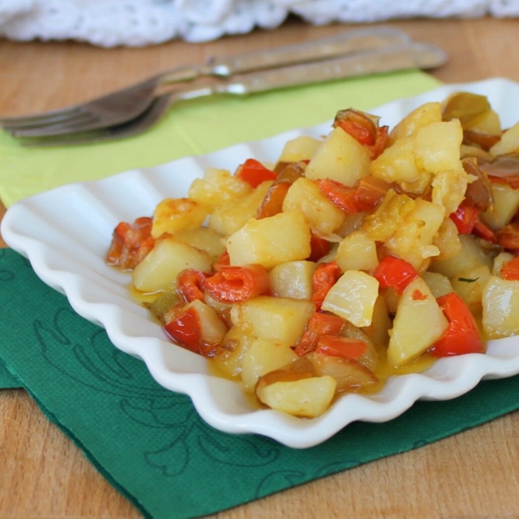 PATATE E PEPERONI ricetta contorno con patate in padella