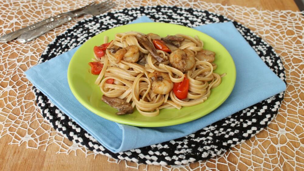 PASTA CON FUNGHI E GAMBERETTI ricetta pasta ai funghi porcini