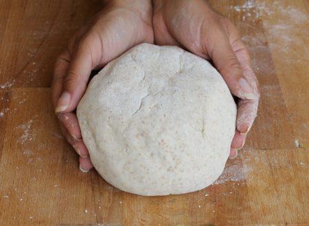 IMPASTO PIZZA SEMI INTEGRALE ricetta con 2 g di lievito