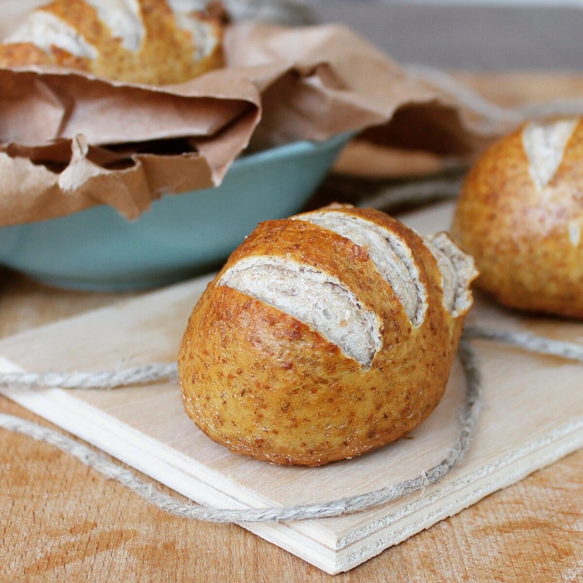 PANINI DI HEIDI ricetta panini sofficissimi con crosticina scura croccante
