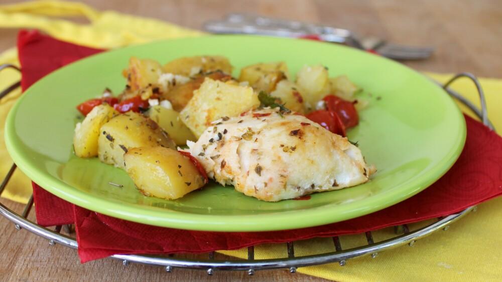 MERLUZZO CON PATATE AL FORNO ricetta secondo piatto di pesce