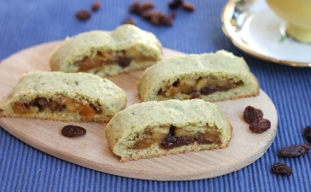 BISCOTTI ALLE MELE ricetta biscotti ripieni mela uvetta limone