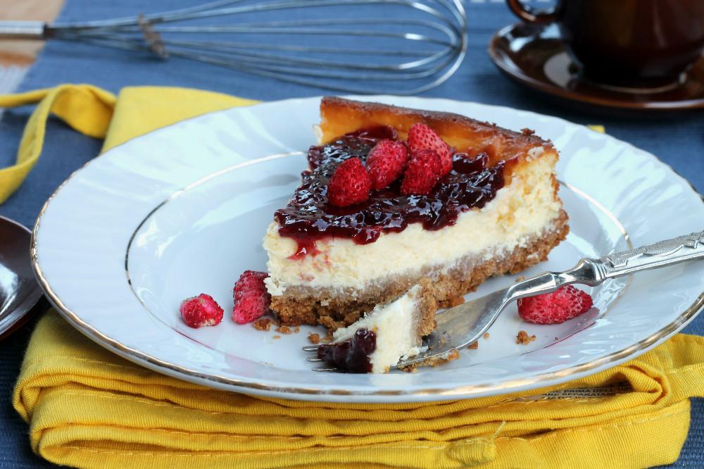 CHEESECAKE AI FRUTTI DI BOSCO ricetta cheesecake al forno