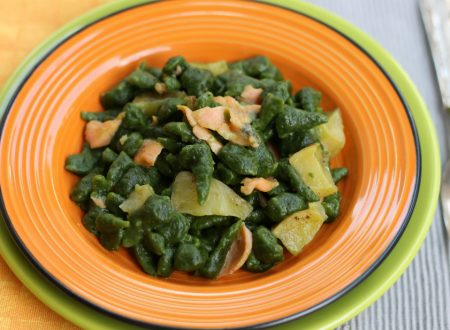 GNOCCHI TIROLESI agli spinaci con salmone e patate