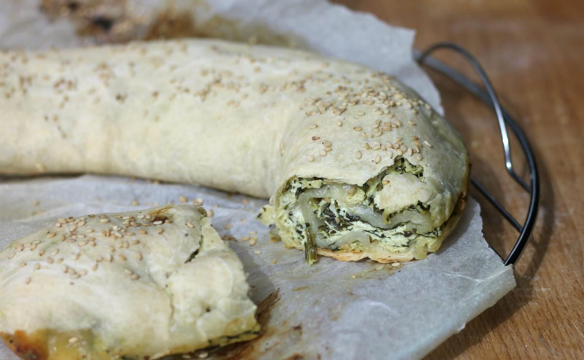 TORTA SALATA SPINACI E RICOTTA ricetta strudel salato veloce