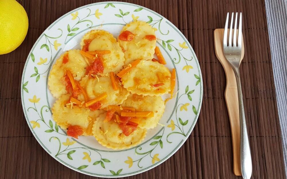 RAVIOLI AL LIMONE ricetta pasta fresca ripiena con carote e cipolle