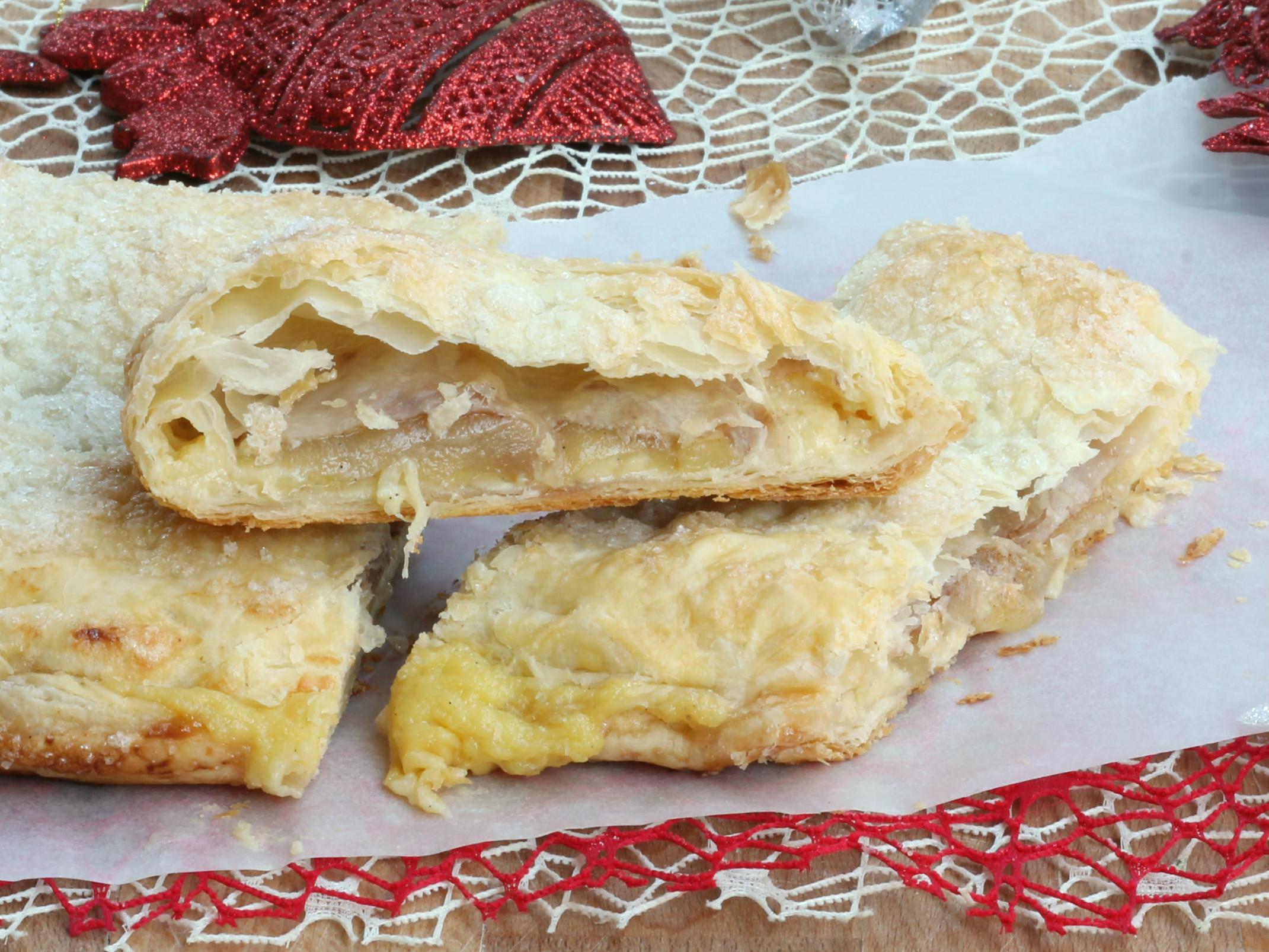 Strudel di Pasta Sfoglia alle Mele e Crema