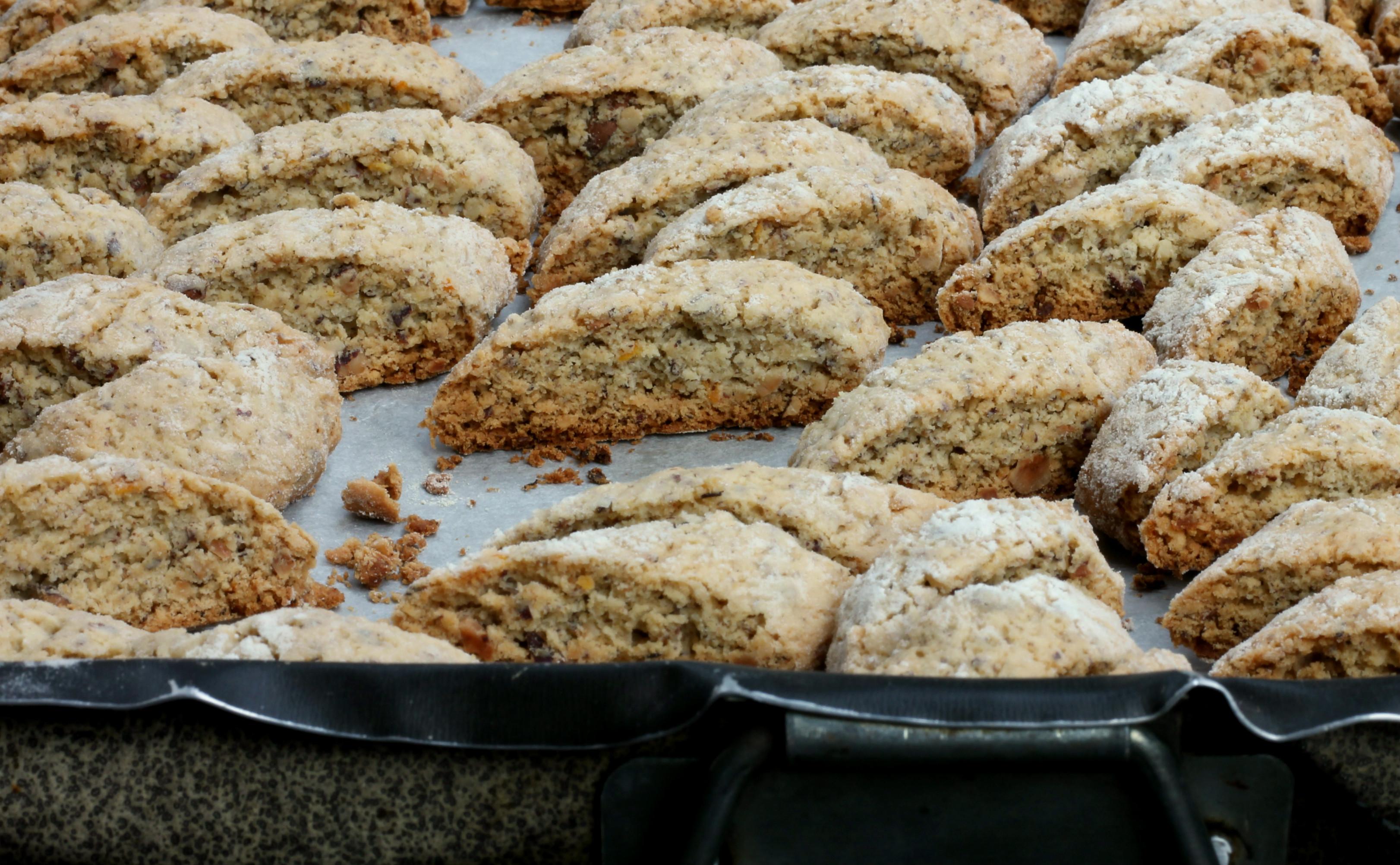 TOZZETTI ALLE NOCCIOLE ricetta biscotti secchi natalizi