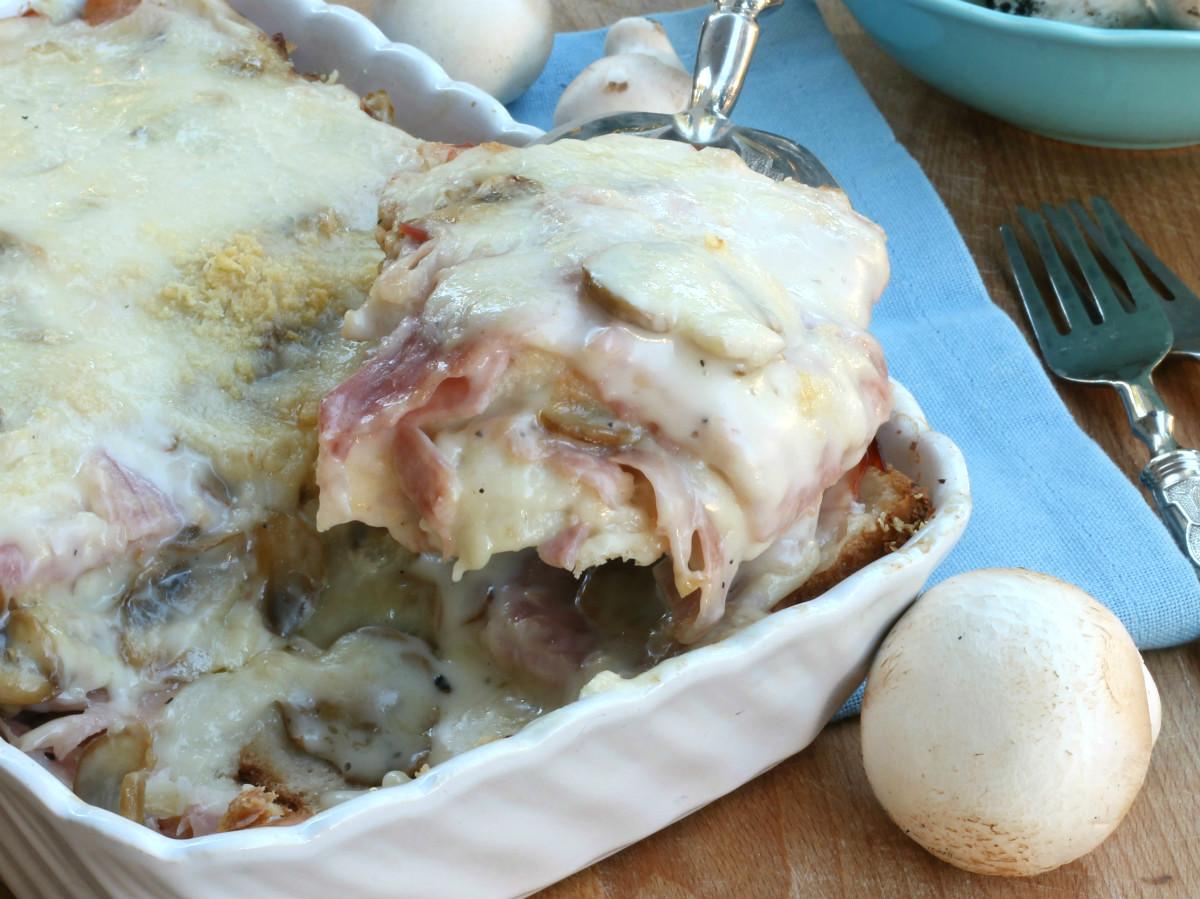 GRATIN DI PAN CARRè AL FORNO ricetta torta salata con funghi