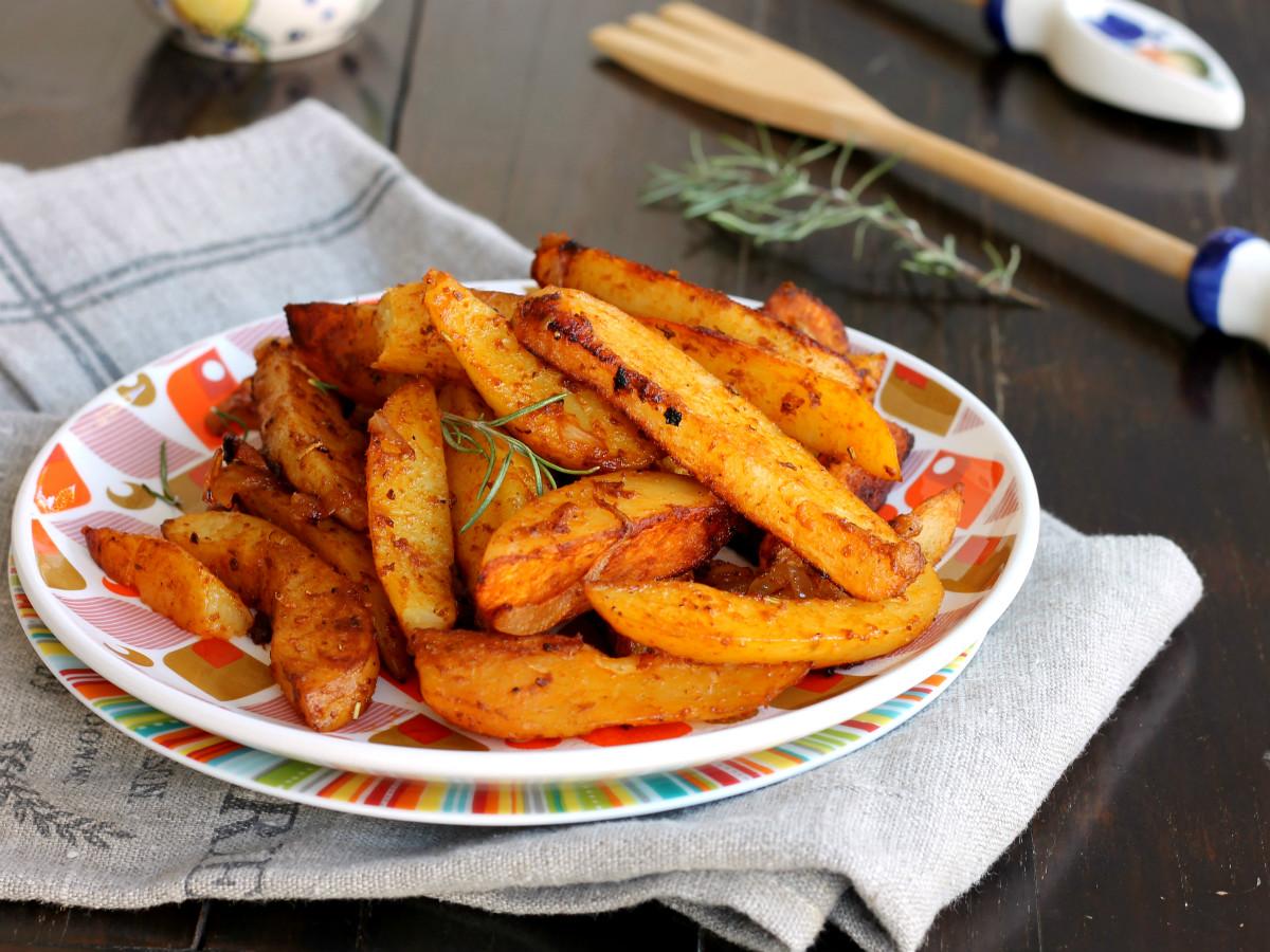 PATATE PAPRIKA CIPOLLE ricetta patate al forno speziate