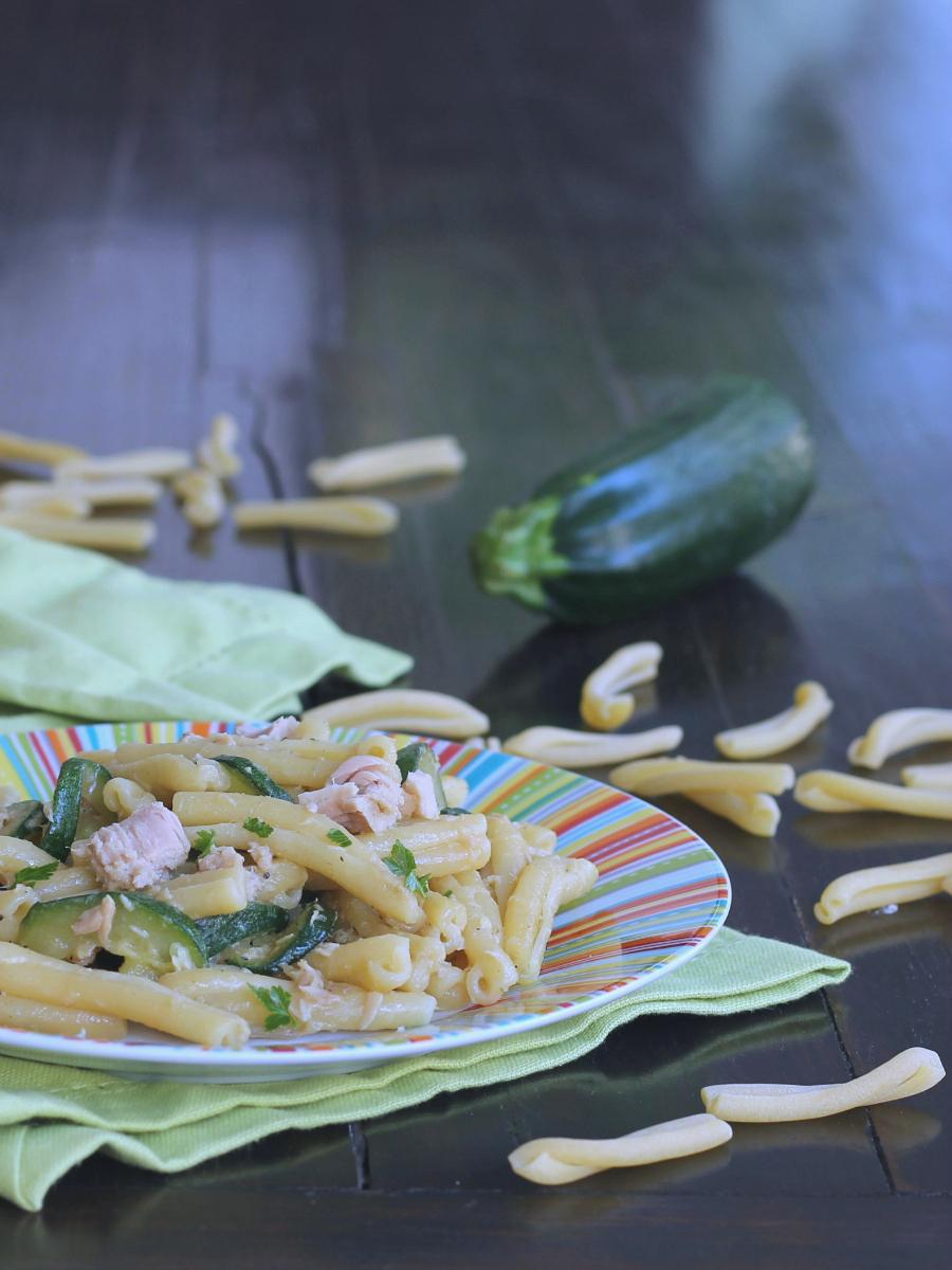 PASTA TONNO E ZUCCHINE CREMOSA ricetta primo con verdure
