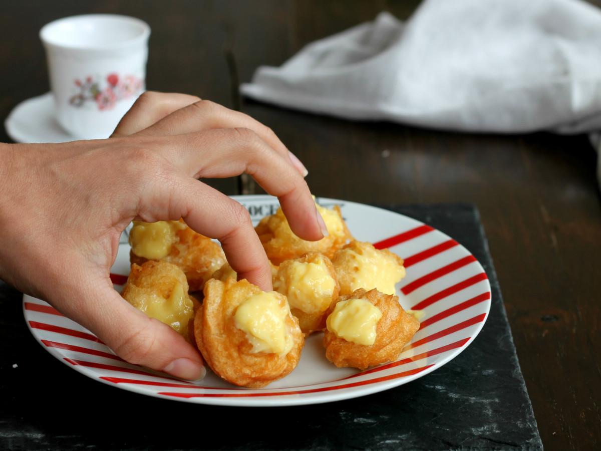 BIGNè DI CARNEVALE ricetta bigne ' fritti con crema pasticcera