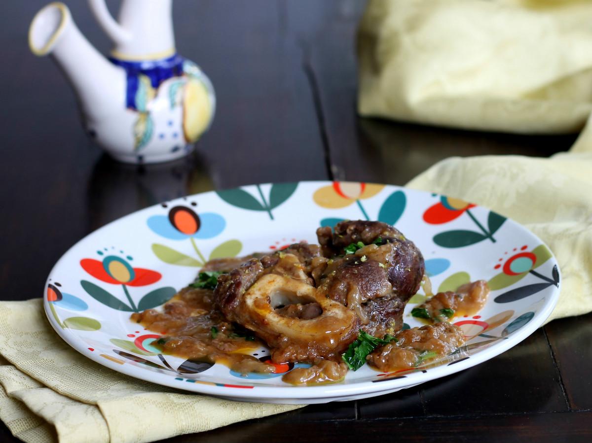 OSSOBUCO ALLA MILANESE ricetta tradizionale cucina meneghina