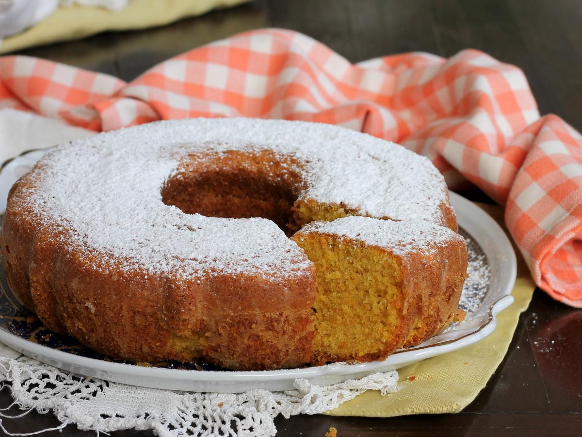 CIAMBELLA DI CAROTE ricetta torta di carote morbida senza burro