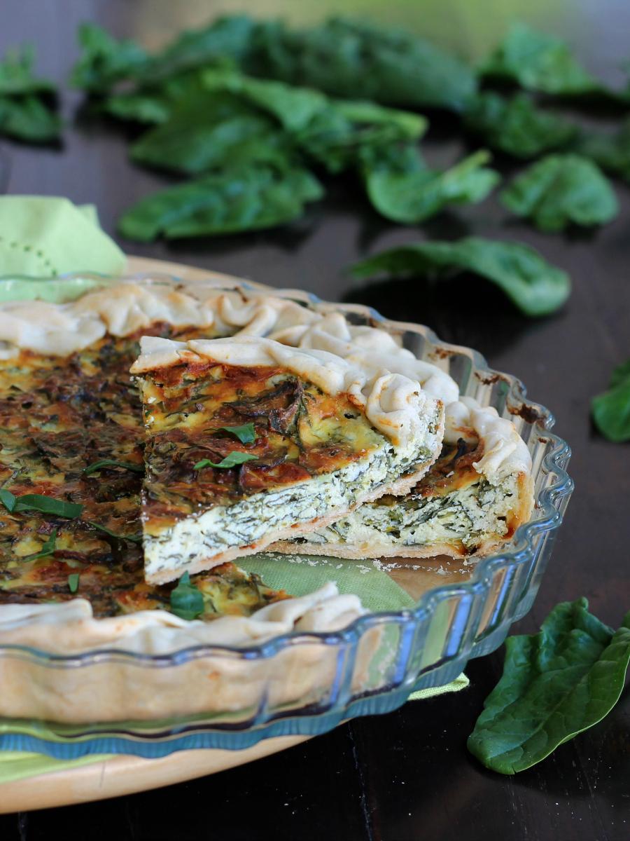 CROSTATA AGLI SPINACI ricetta torta salata veloce senza lievito