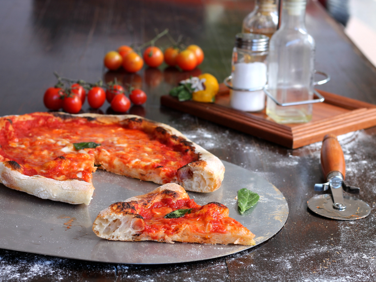 PIZZA RICETTA DELLA NONNA cottura nel forno di casa o nel fornetto