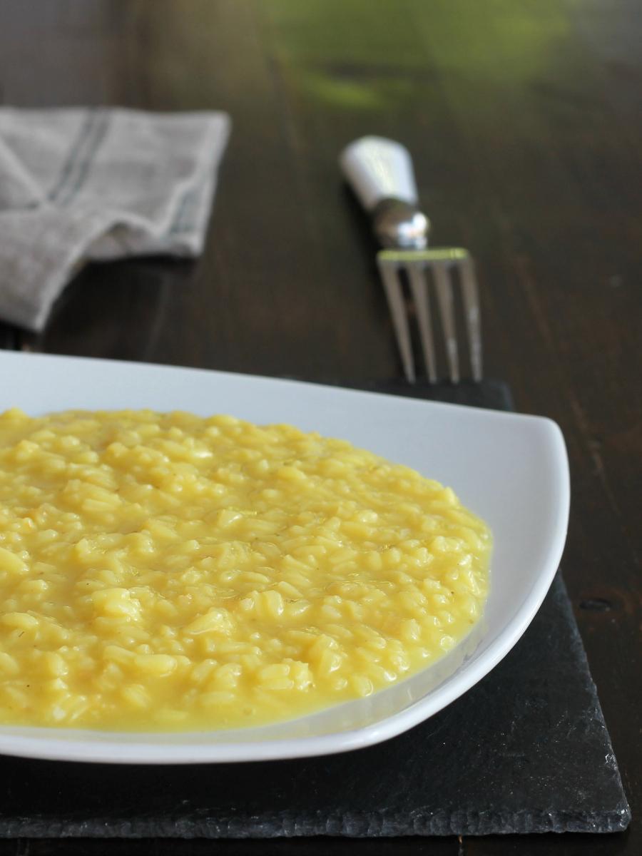 RISOTTO ALLA MILANESE ricetta tradizionale originale primo piatto