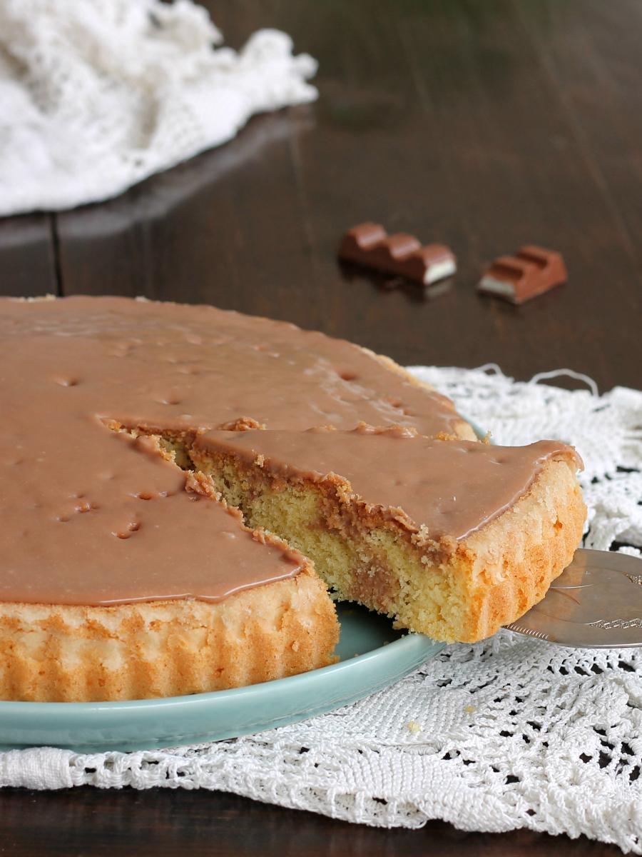 TORTA KINDER CIOCCOLATO ricetta crostata furba morbida con glassa