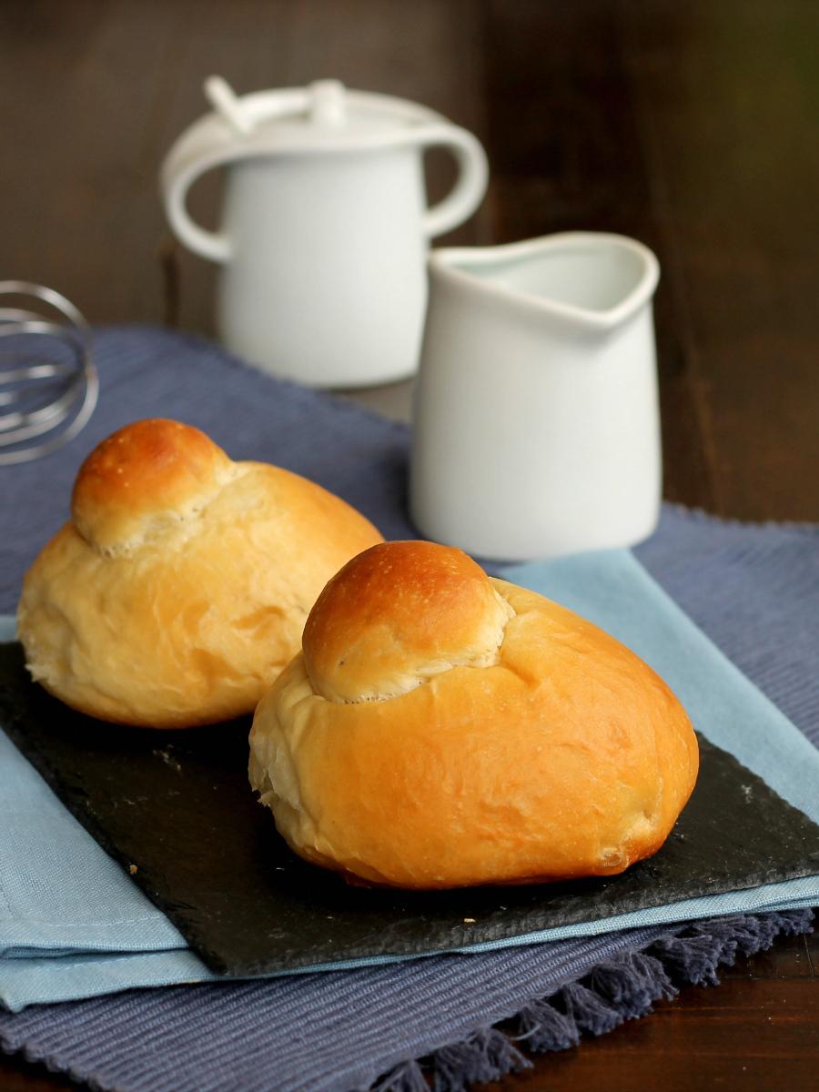 BRIOCHE COL TUPPO ricetta dolce tradizionale siciliano
