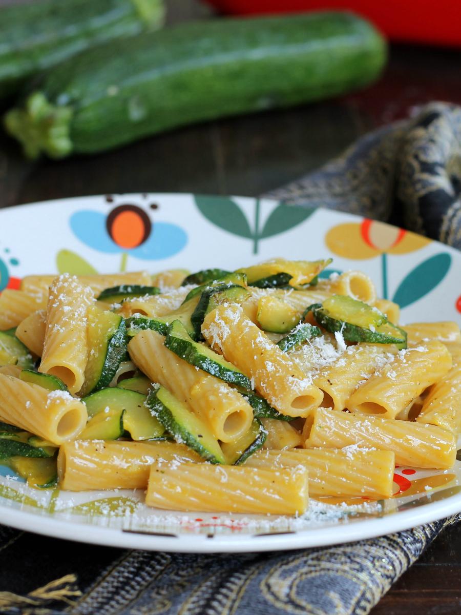CARBONARA DI ZUCCHINE ricetta primo piatto veloce senza carne