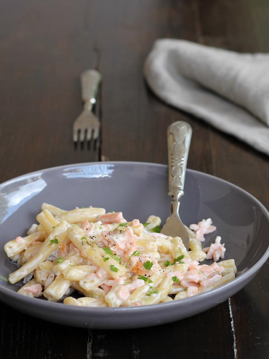 PASTA RICOTTA SALMONE ricetta primo piatto cremoso veloce