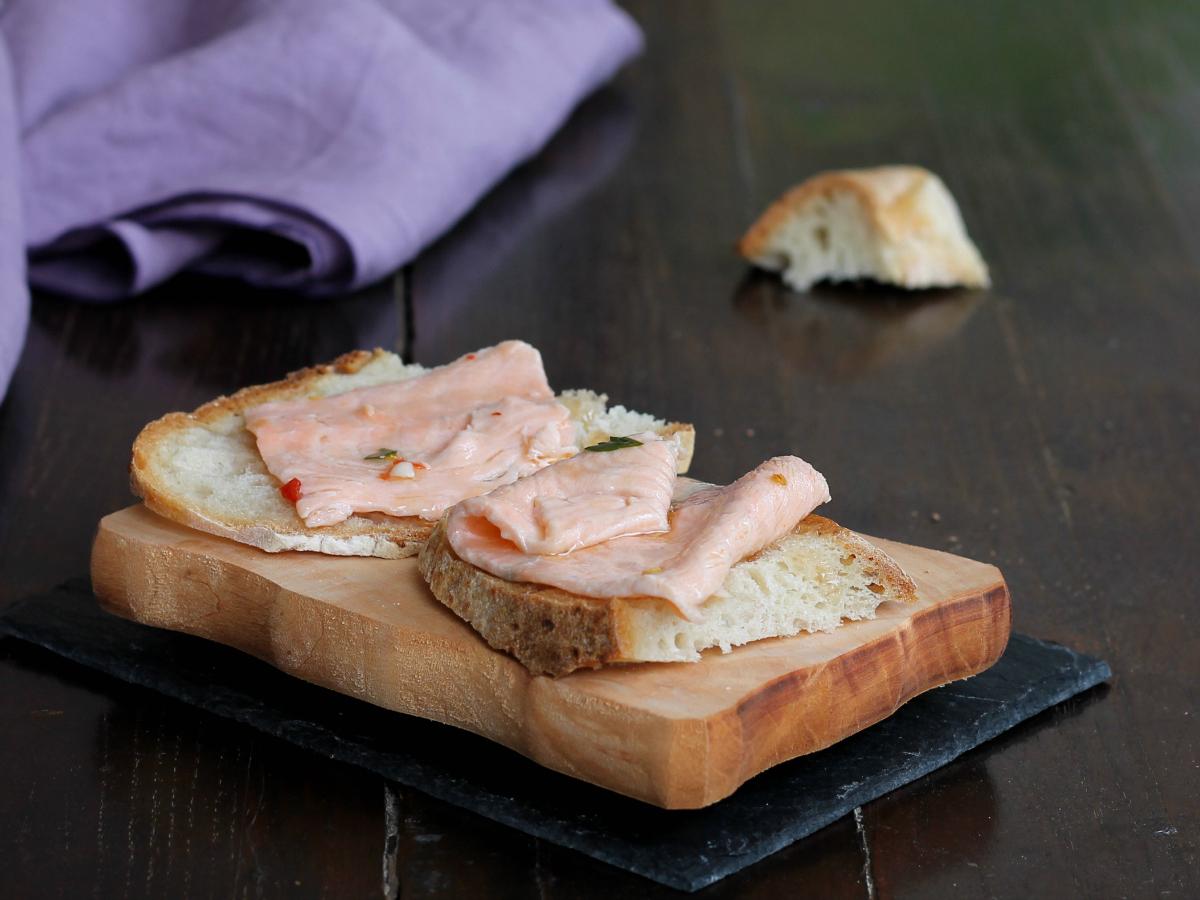 RICETTA SALMONE MARINATO fatto in casa | antipasto di pesce facile