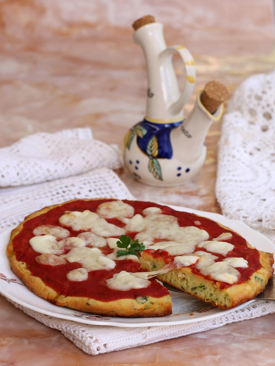 TORTA DI ZUCCHINE ALLA PIZZA ricetta torta salata veloce