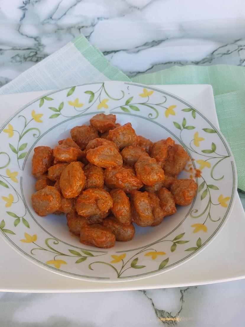 GNOCCHI CON SUGO MEDITERRANEO ricetta con gnocchi di patate
