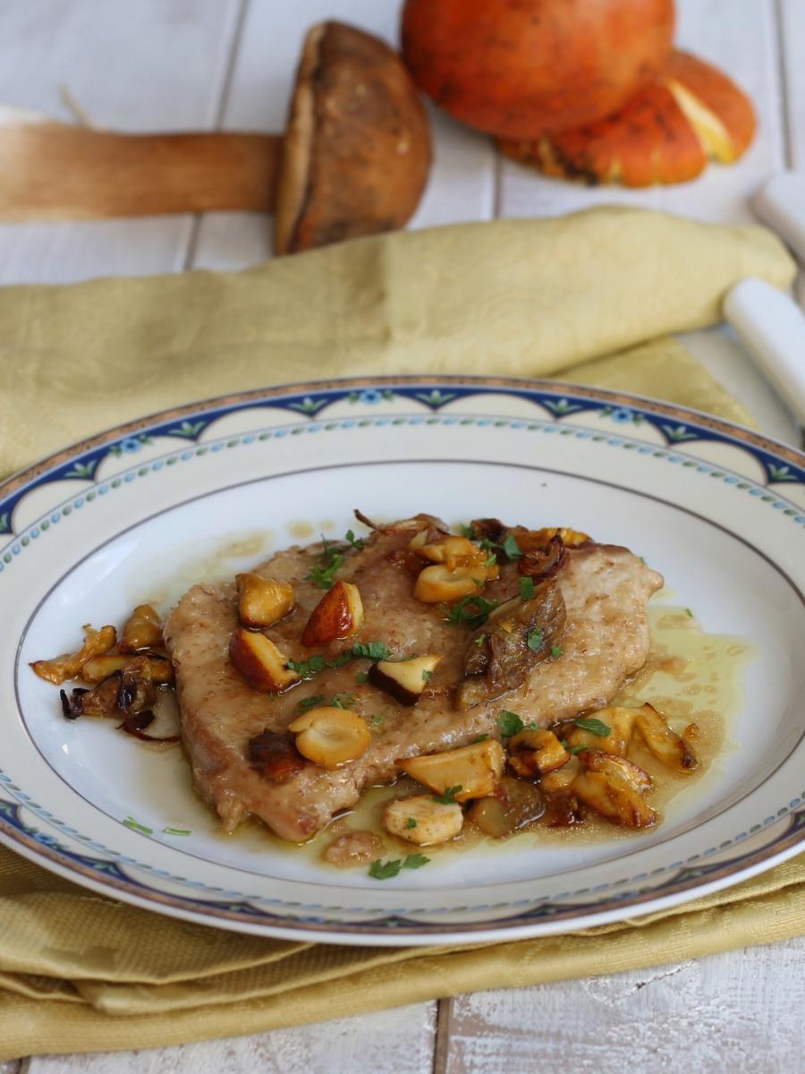 SCALOPPINE DI POLLO AI FUNGHI ricetta secondo con funghi porcini