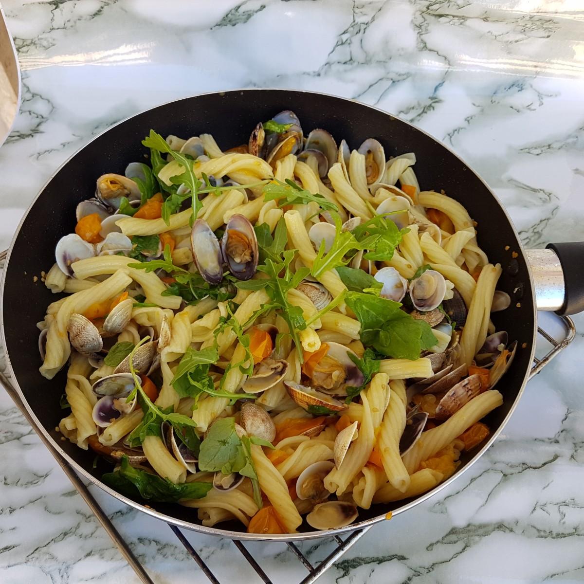 TORCHIETTI DI MARE CON RUCOLA ricetta pasta con pesce