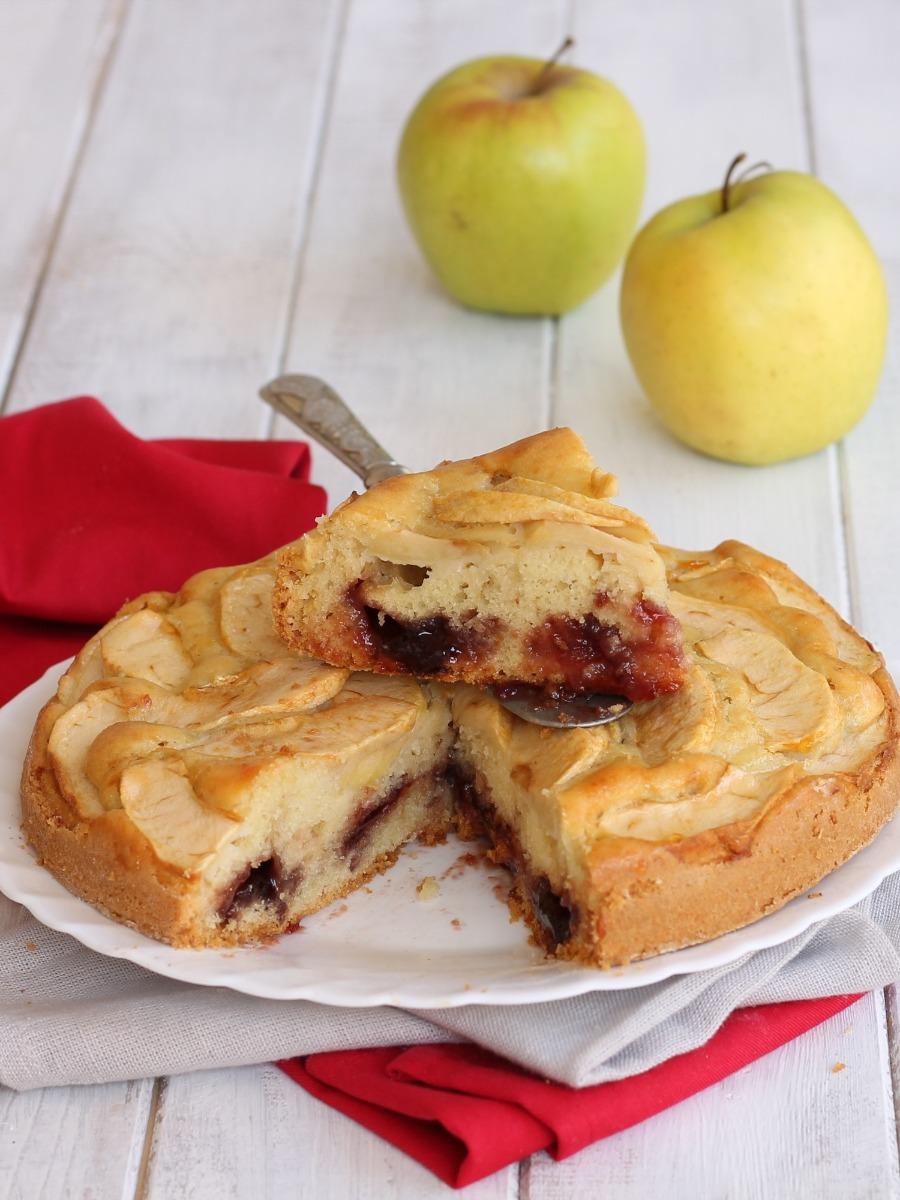 CROSTATA MORBIDA MELE MARMELLATA ricetta dolce con mele
