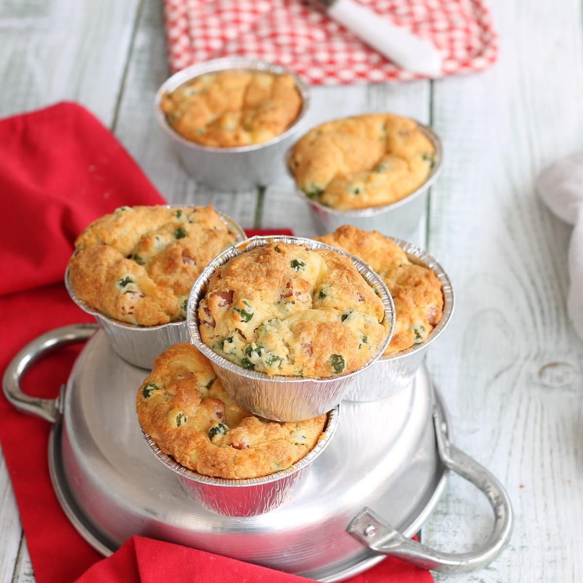MUFFIN SALATI CON RICOTTA ricetta tortini rustici con piselli