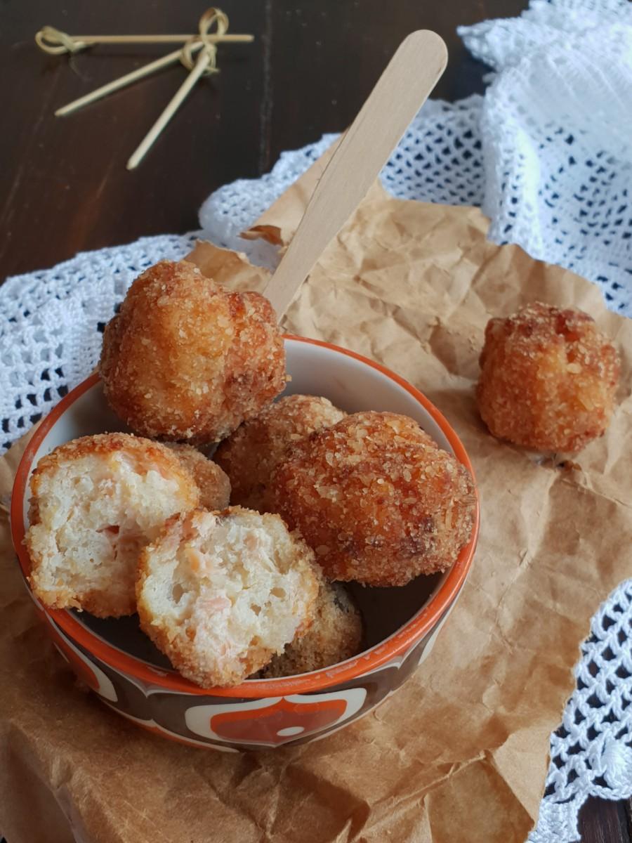 POLPETTE PANE RICOTTA E SALMONE ricetta con salmone affumicato