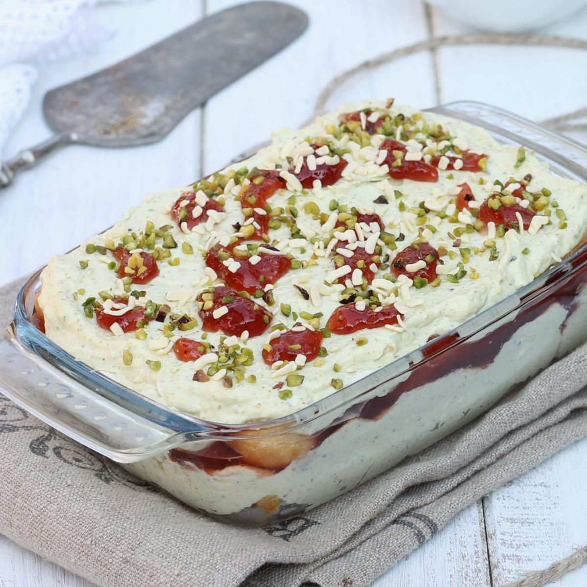 SEMIFREDDO FRAGOLE PISTACCHI ricetta dolce fragole e mascarpone
