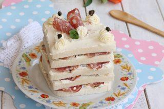 TORTA CUBO AL SALAME ricetta torta tramezzino quadrata con salame