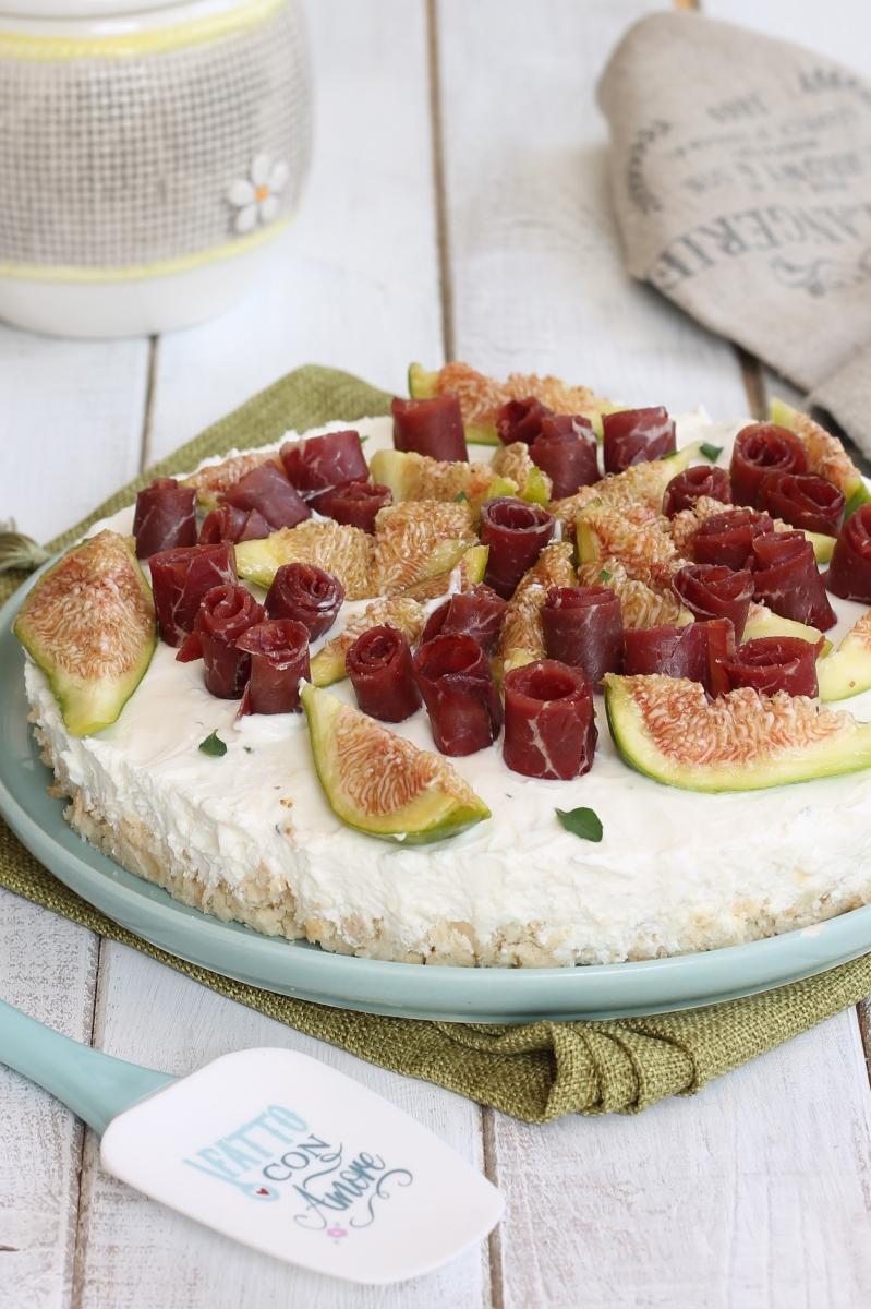 CHEESECAKE SALATA SENZA COTTURA ricetta base salata e varianti