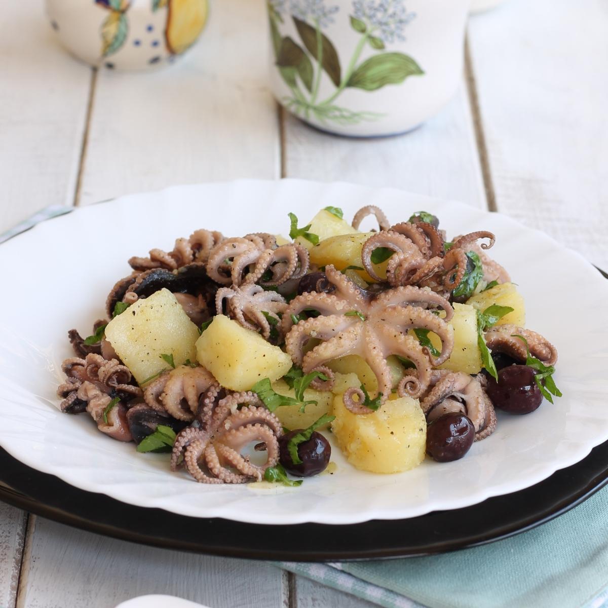 INSALATA MOSCARDINI PATATE ricetta insalata di pesce con patate