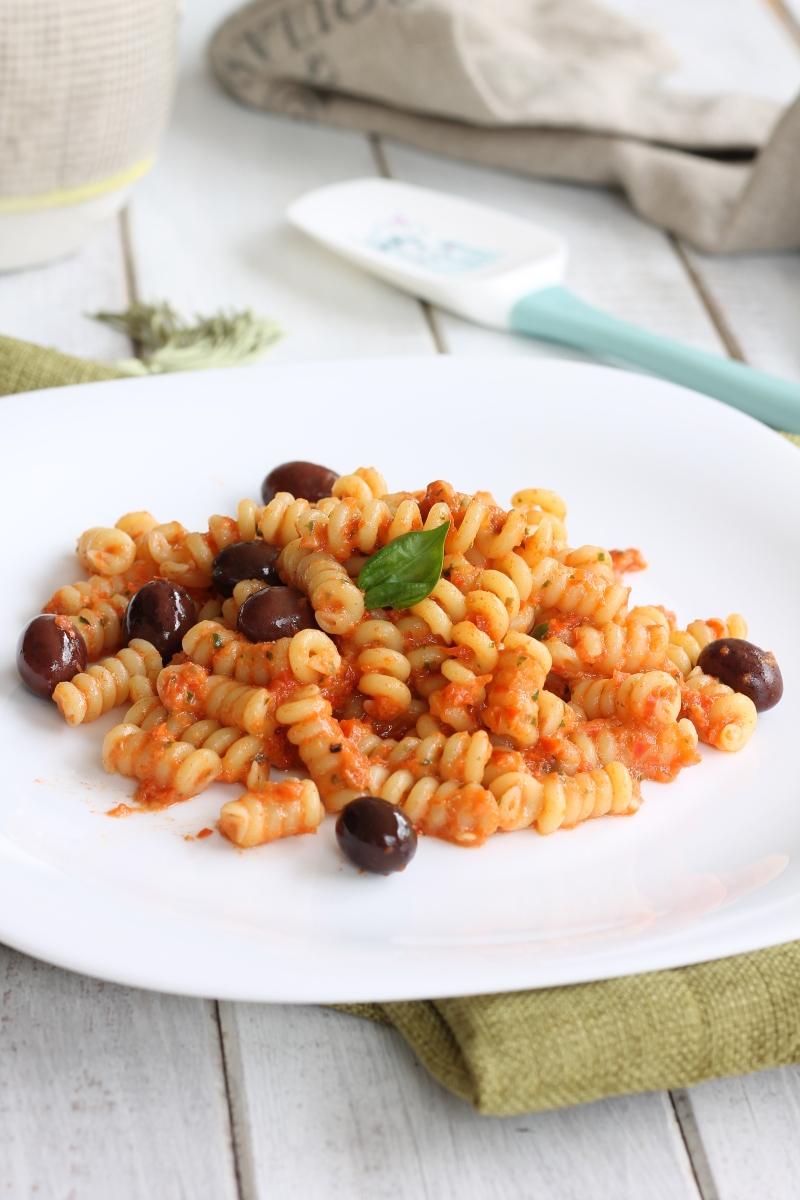 RICETTA PASTA CREMA PEPERONI primo piatto veloce con peperoni