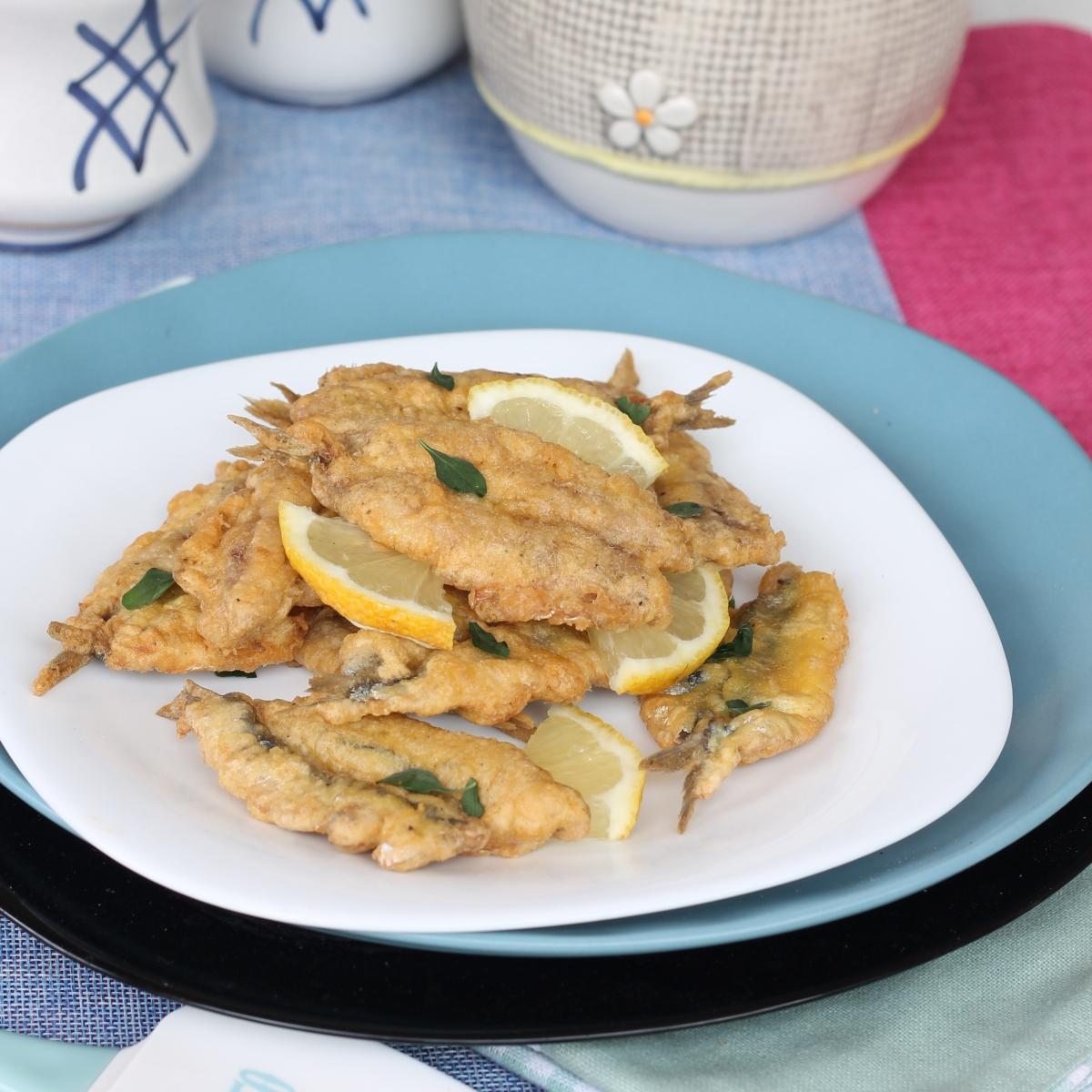 Alici indorate e fritte limone e menta   ricetta alici fresche in pastella furba
