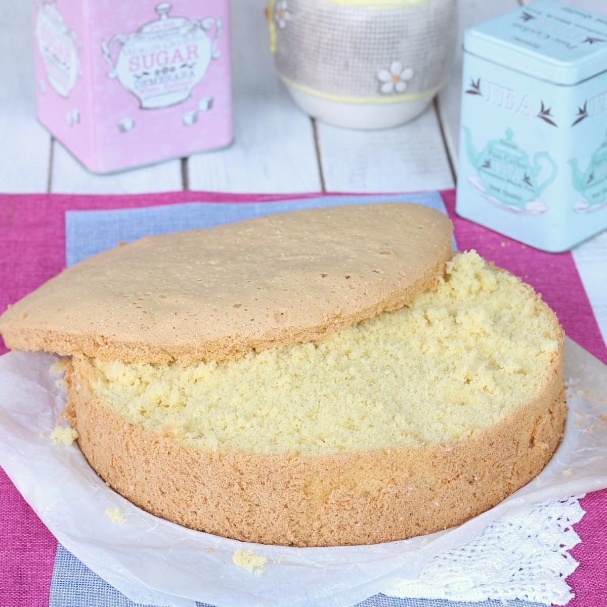 PAN DI SPAGNA SENZA LIEVITO ricetta pan di spagna leggero soffice