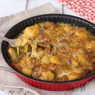 Gnocchi al forno funghi e salsiccia | ricetta gnocchi di patate con porcini