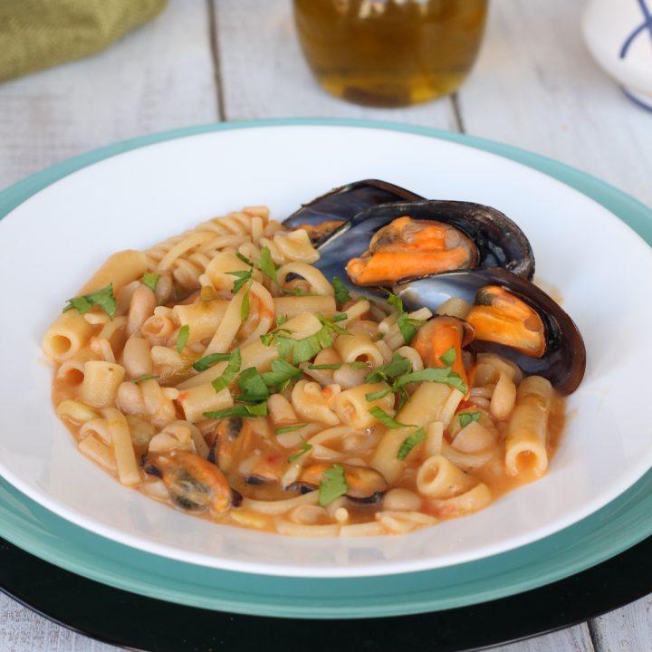 Ricetta pasta e fagioli con le cozze | primo piatto di pasta tipico napoletano