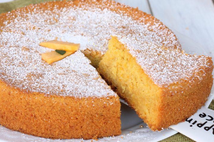 Ricetta torta di zucca alla panna   torta con impasto panna e zucca cruda