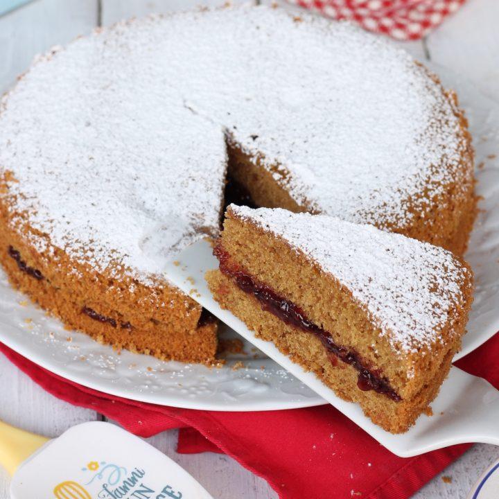 Torta nocciole marmellata | ricetta torta soffice senza burro con confettura
